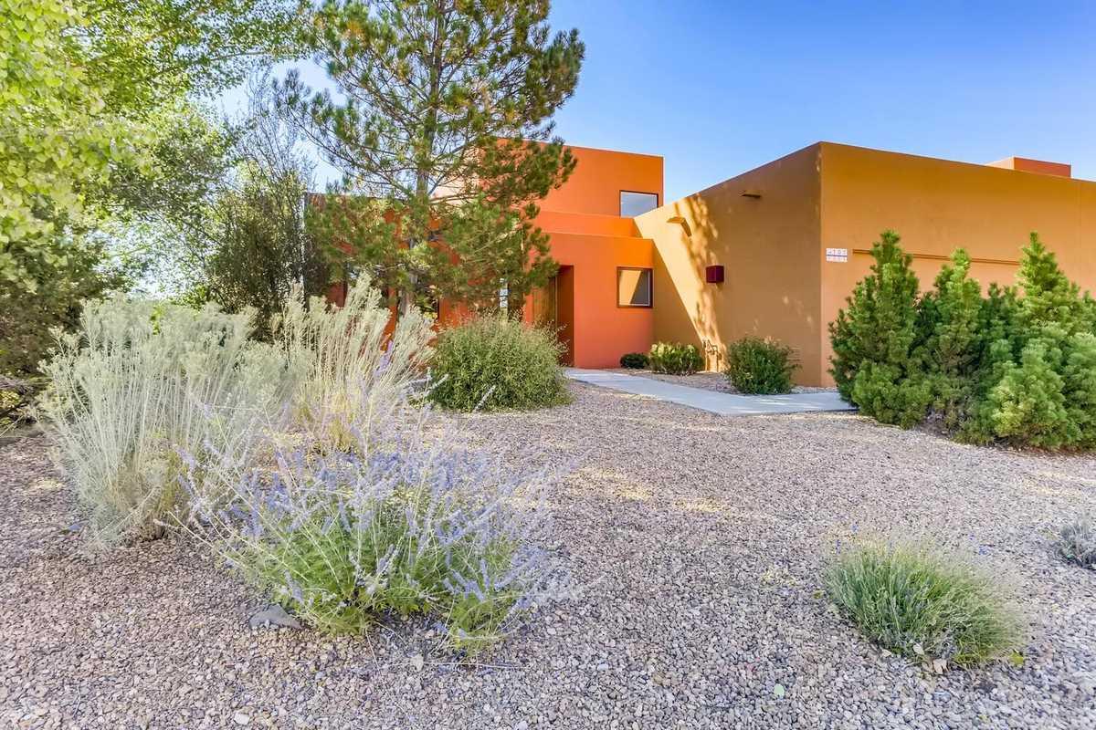 $670,000 - 2Br/2Ba -  for Sale in Zocalo, Santa Fe