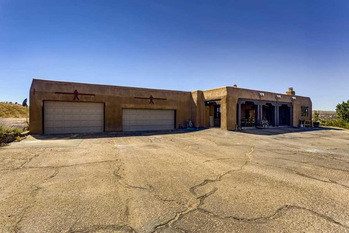 $875,000 - 6Br/6Ba -  for Sale in Santa Fe