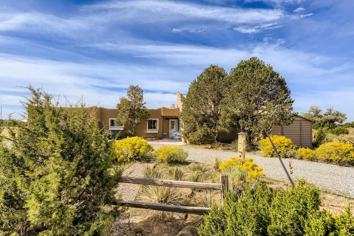 $549,000 - 3Br/2Ba -  for Sale in Eldorado, Santa Fe