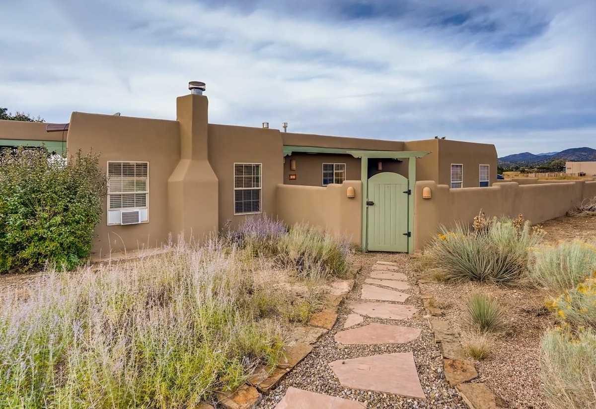 $529,900 - 3Br/2Ba -  for Sale in Eldorado, Santa Fe