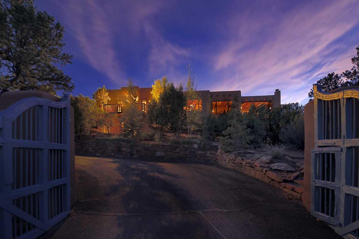 $1,725,000 - 4Br/4Ba -  for Sale in Tesuque Hills, Santa Fe