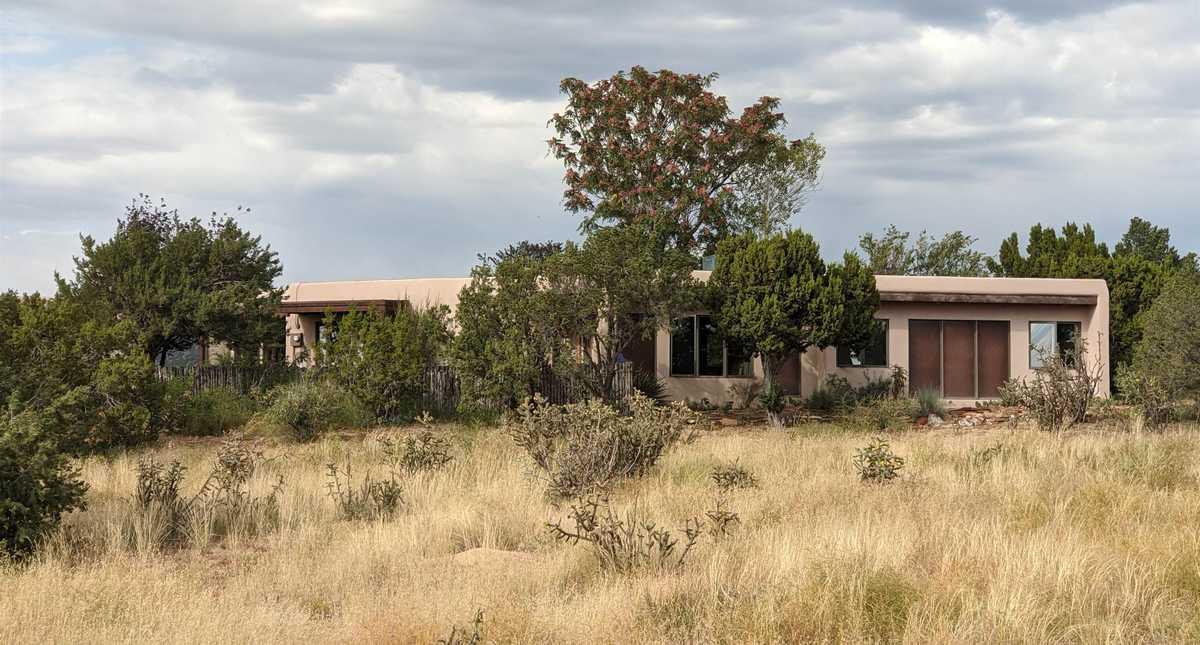 $550,000 - 3Br/2Ba -  for Sale in Eldorado, Santa Fe