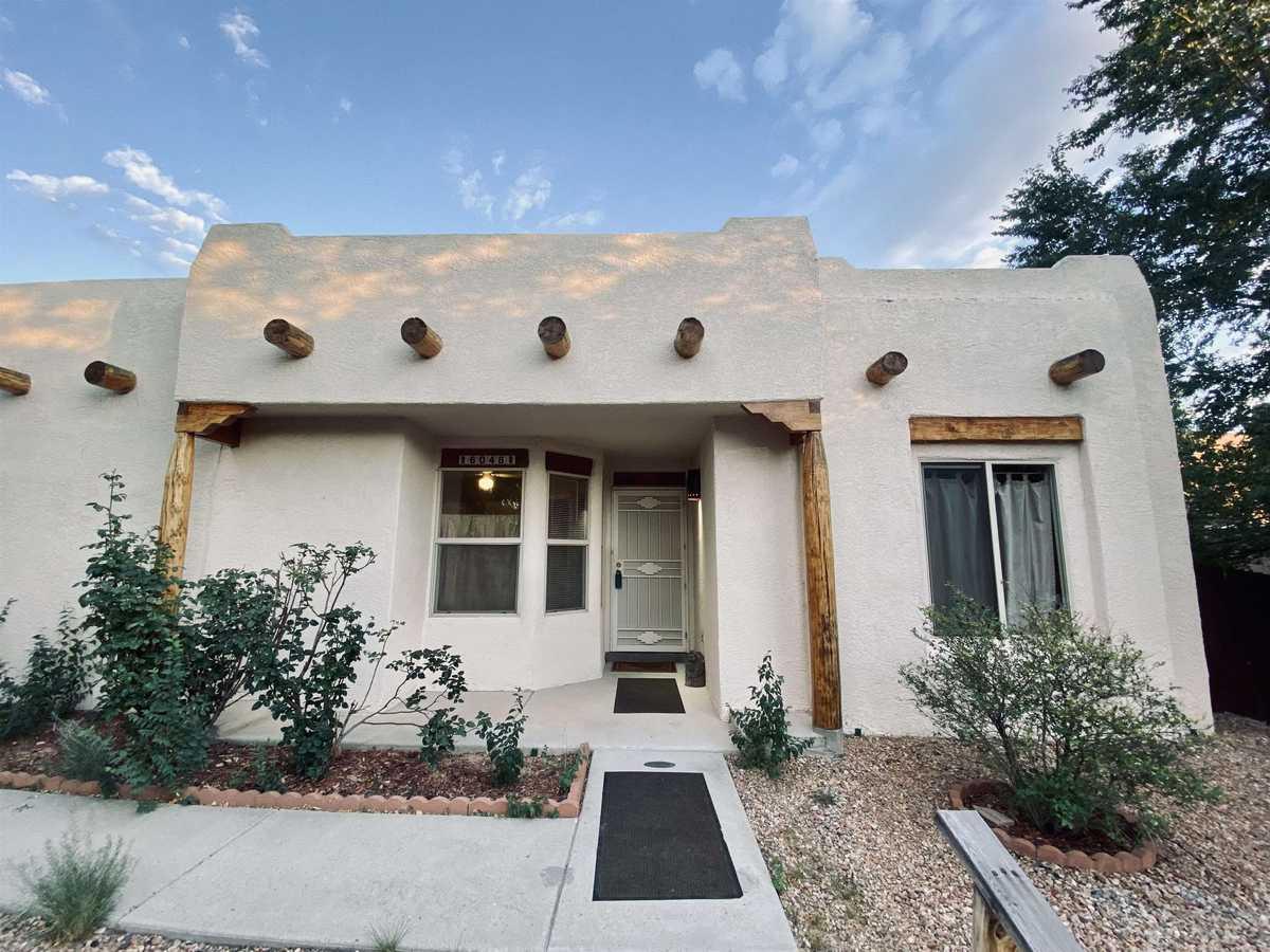 $324,900 - 3Br/2Ba -  for Sale in Santa Fe