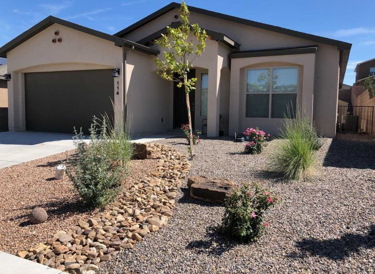 $489,000 - 3Br/2Ba -  for Sale in White Rock