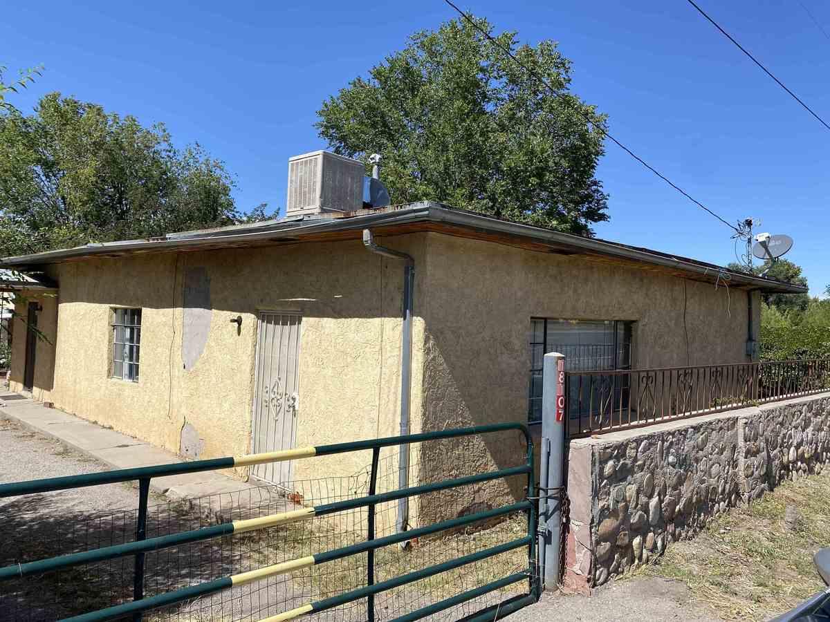 $290,000 - 2Br/1Ba -  for Sale in Santa Fe