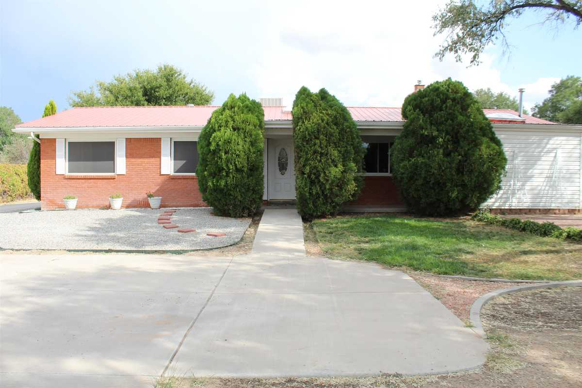 $515,000 - 4Br/3Ba -  for Sale in Espanola
