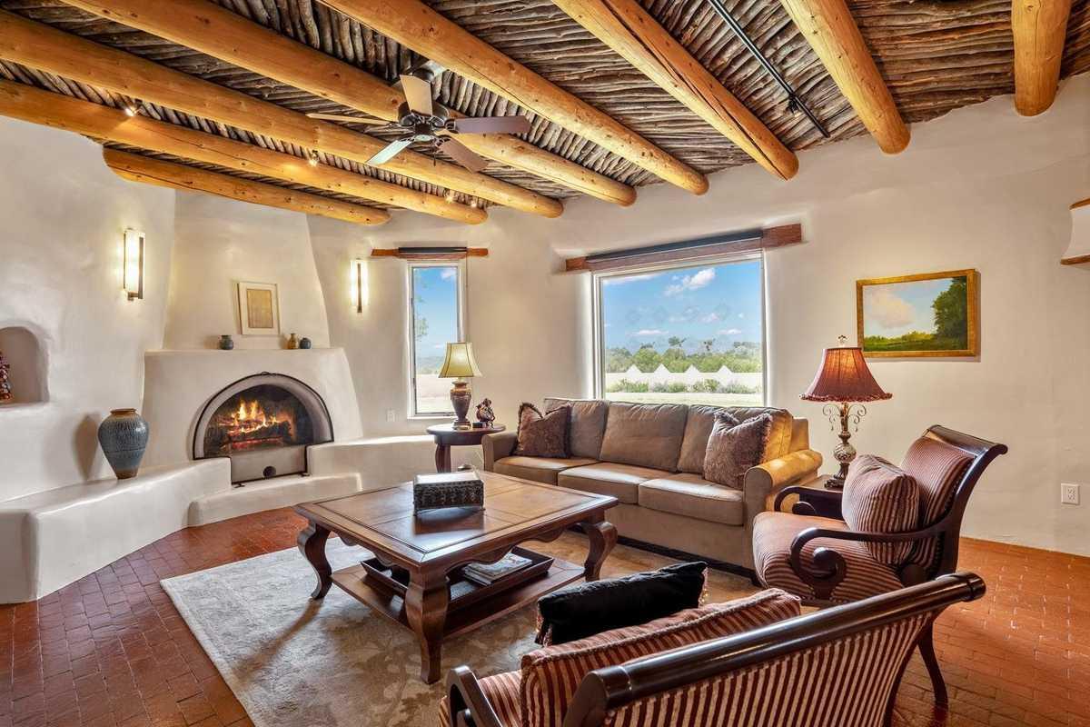 $1,250,000 - 4Br/3Ba -  for Sale in Santa Fe