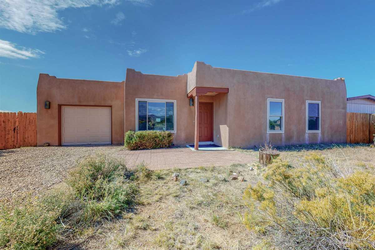 $429,000 - 3Br/2Ba -  for Sale in Santa Fe