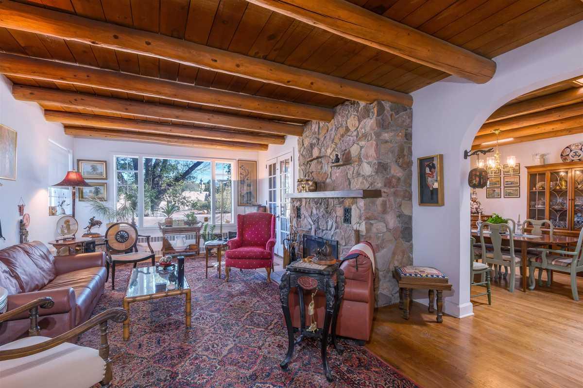 $1,174,000 - 3Br/4Ba -  for Sale in Lovato Grant, Santa Fe