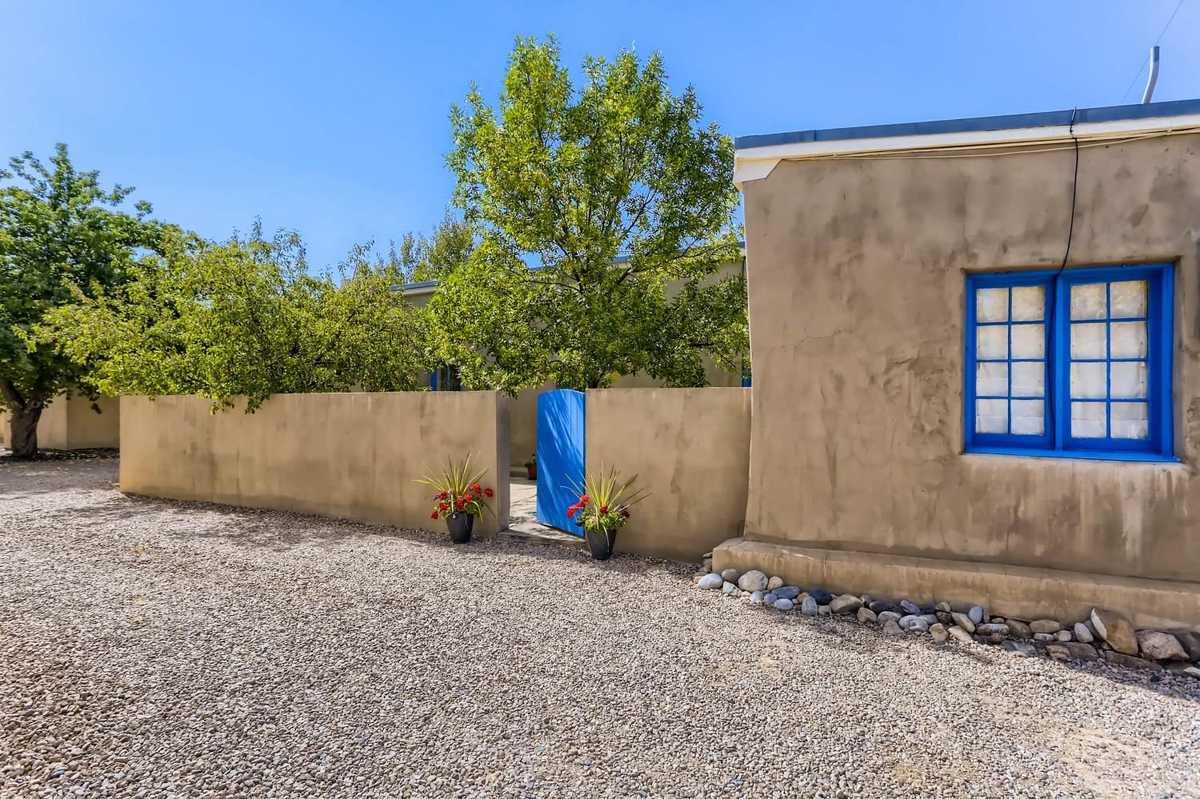 $449,000 - 2Br/1Ba -  for Sale in Santa Fe
