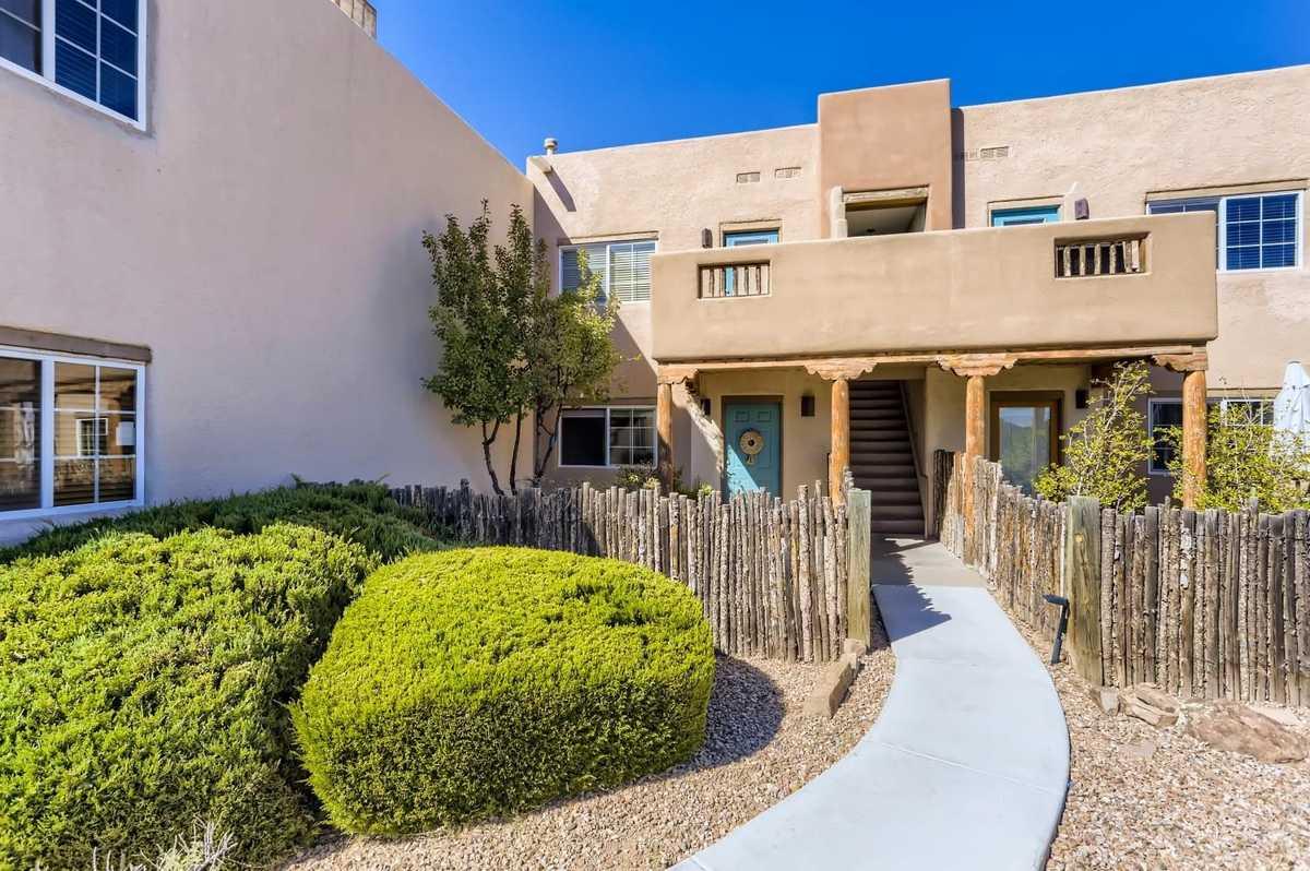 $199,000 - 1Br/1Ba -  for Sale in Dos Santos, Santa Fe