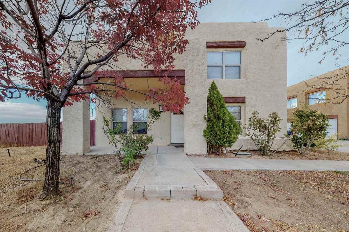 $310,000 - 3Br/3Ba -  for Sale in Tierra Contenta, Santa Fe