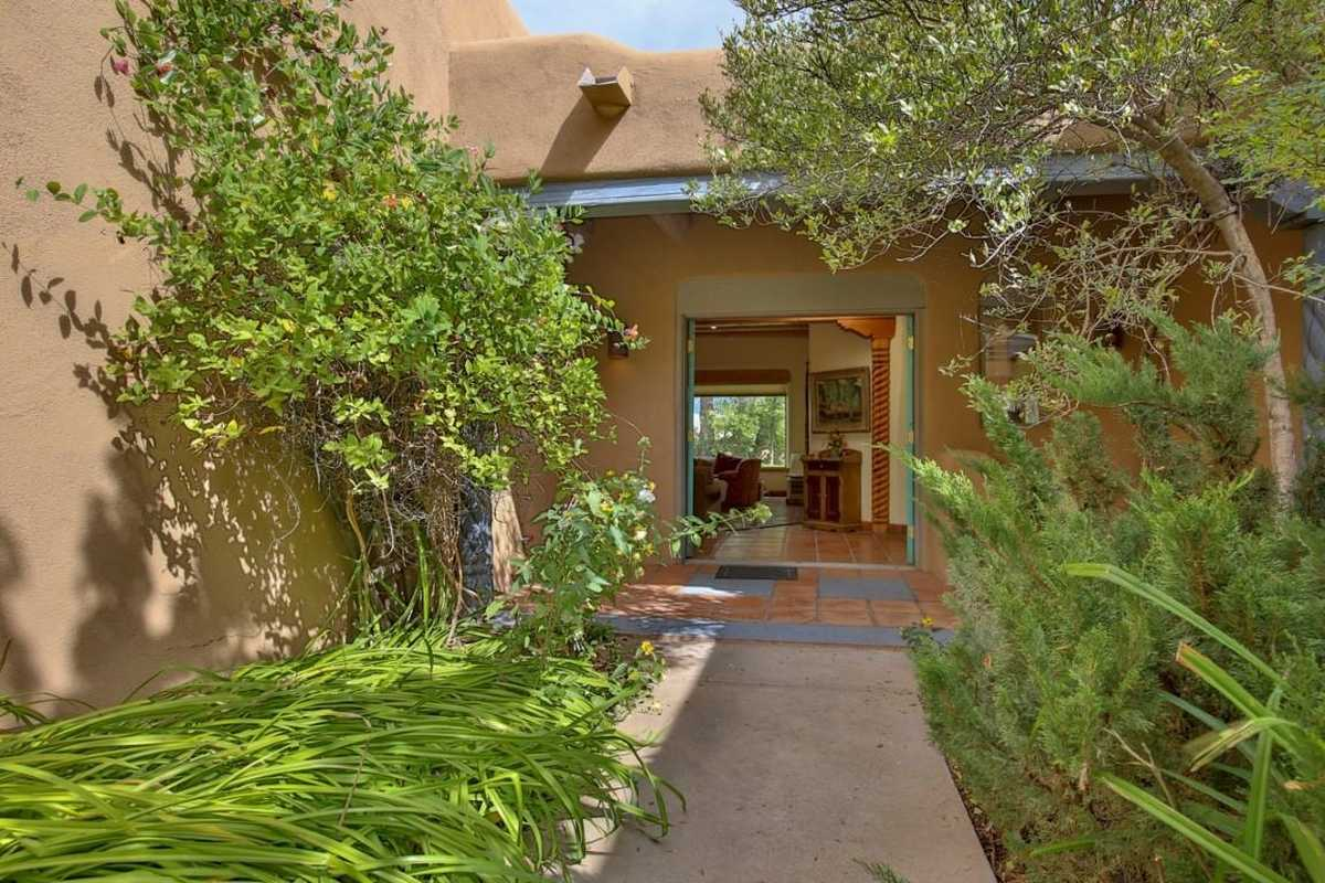 $749,900 - 3Br/2Ba -  for Sale in Taos