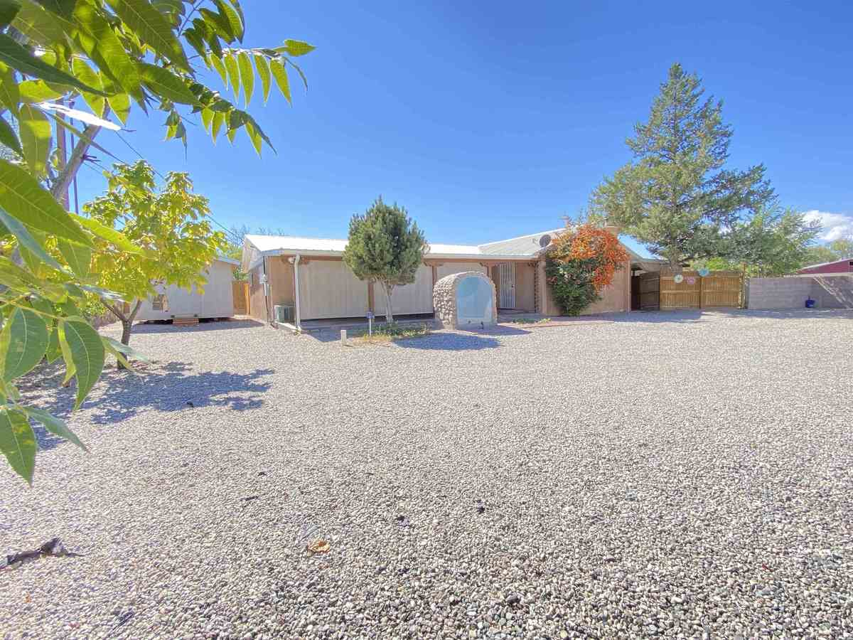 $327,500 - 3Br/2Ba -  for Sale in Espanola