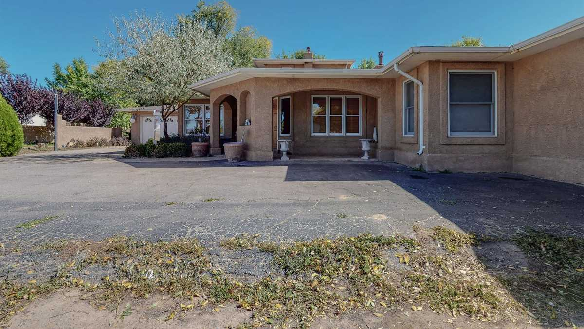 $435,000 - 3Br/3Ba -  for Sale in Espanola