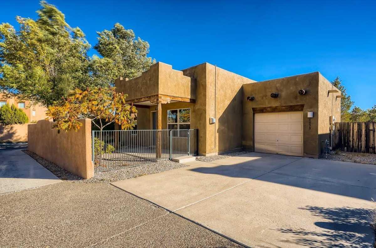 $330,000 - 2Br/1Ba -  for Sale in Santa Fe