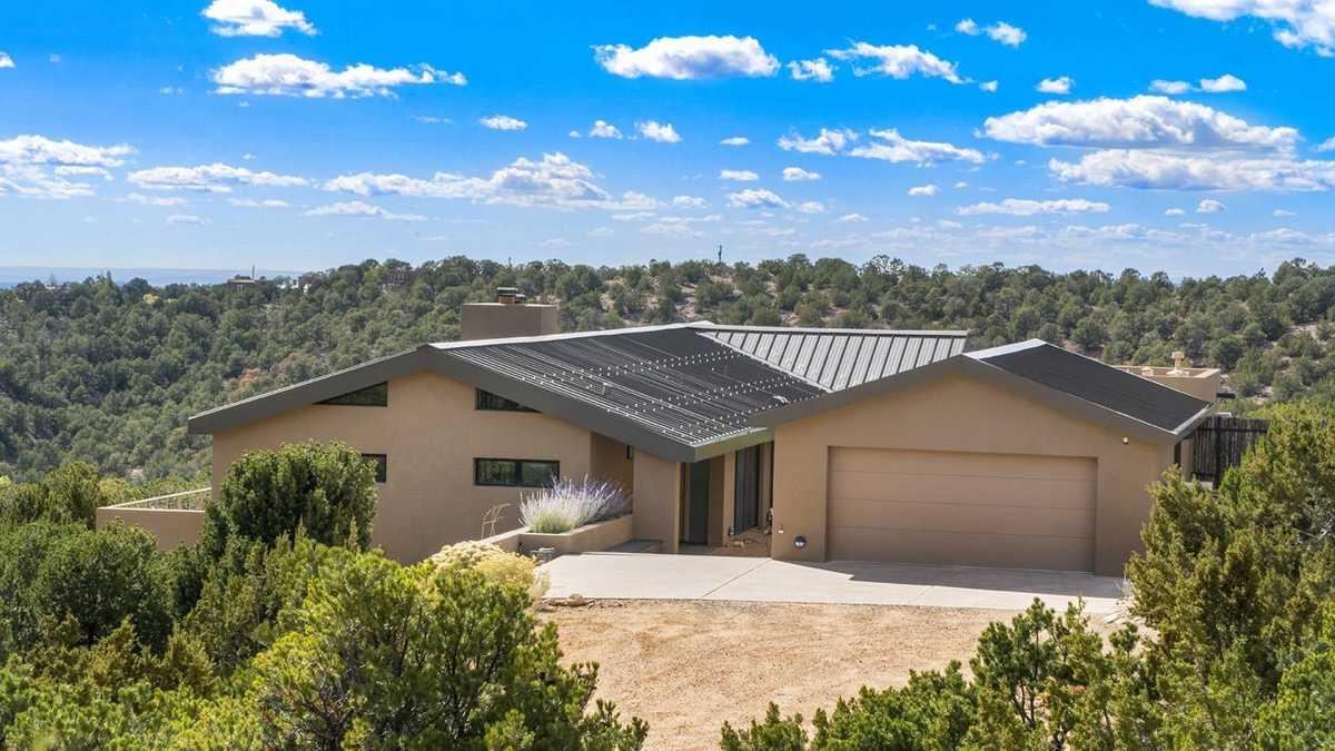 $1,650,000 - 3Br/4Ba -  for Sale in Santa Fe