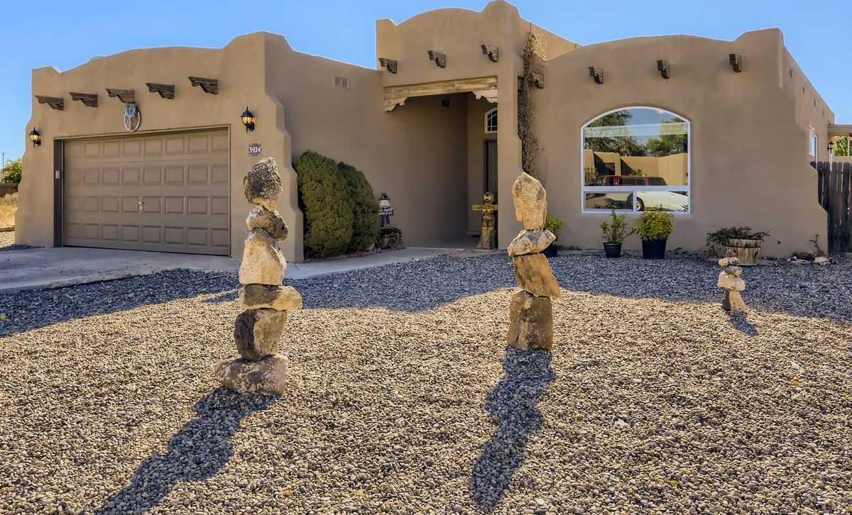 $360,000 - 3Br/2Ba -  for Sale in Santa Fe