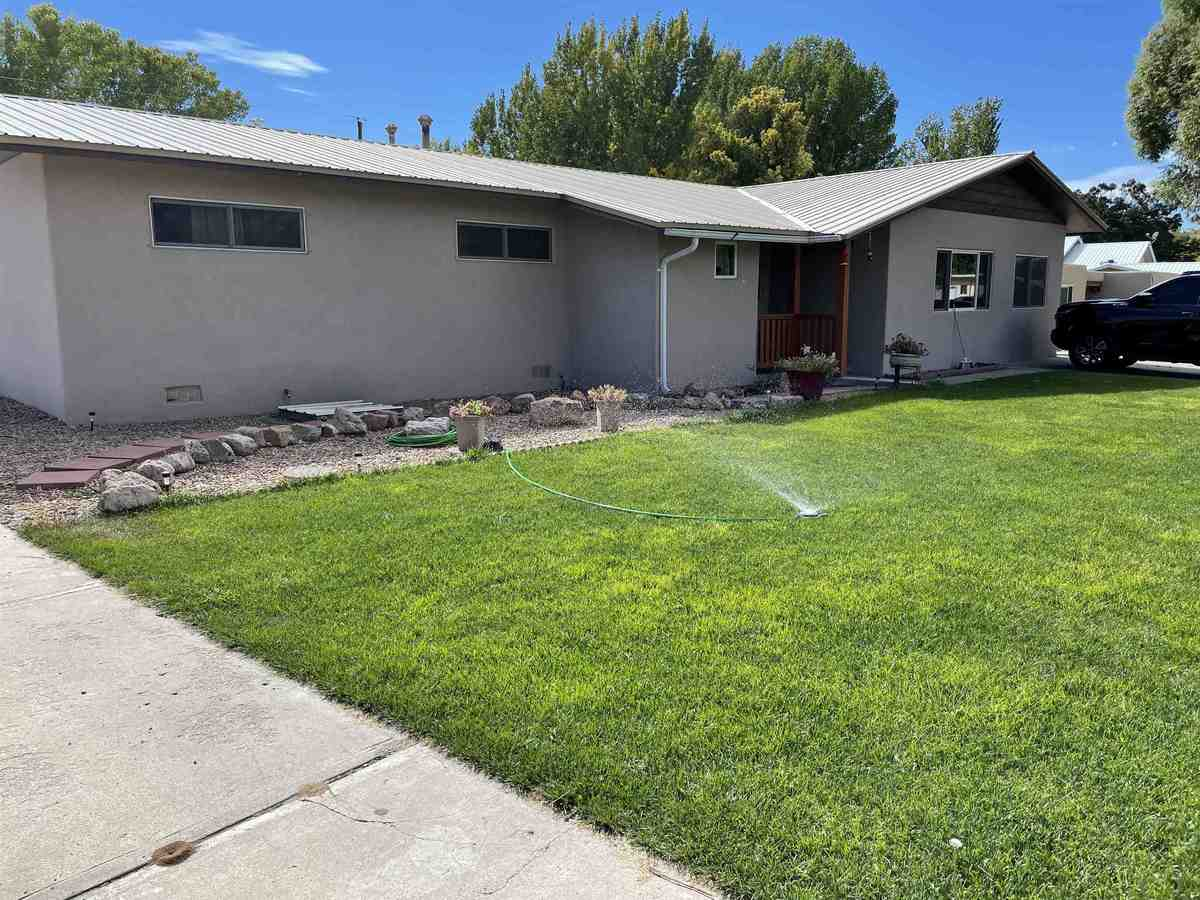 $320,000 - 4Br/2Ba -  for Sale in Espanola