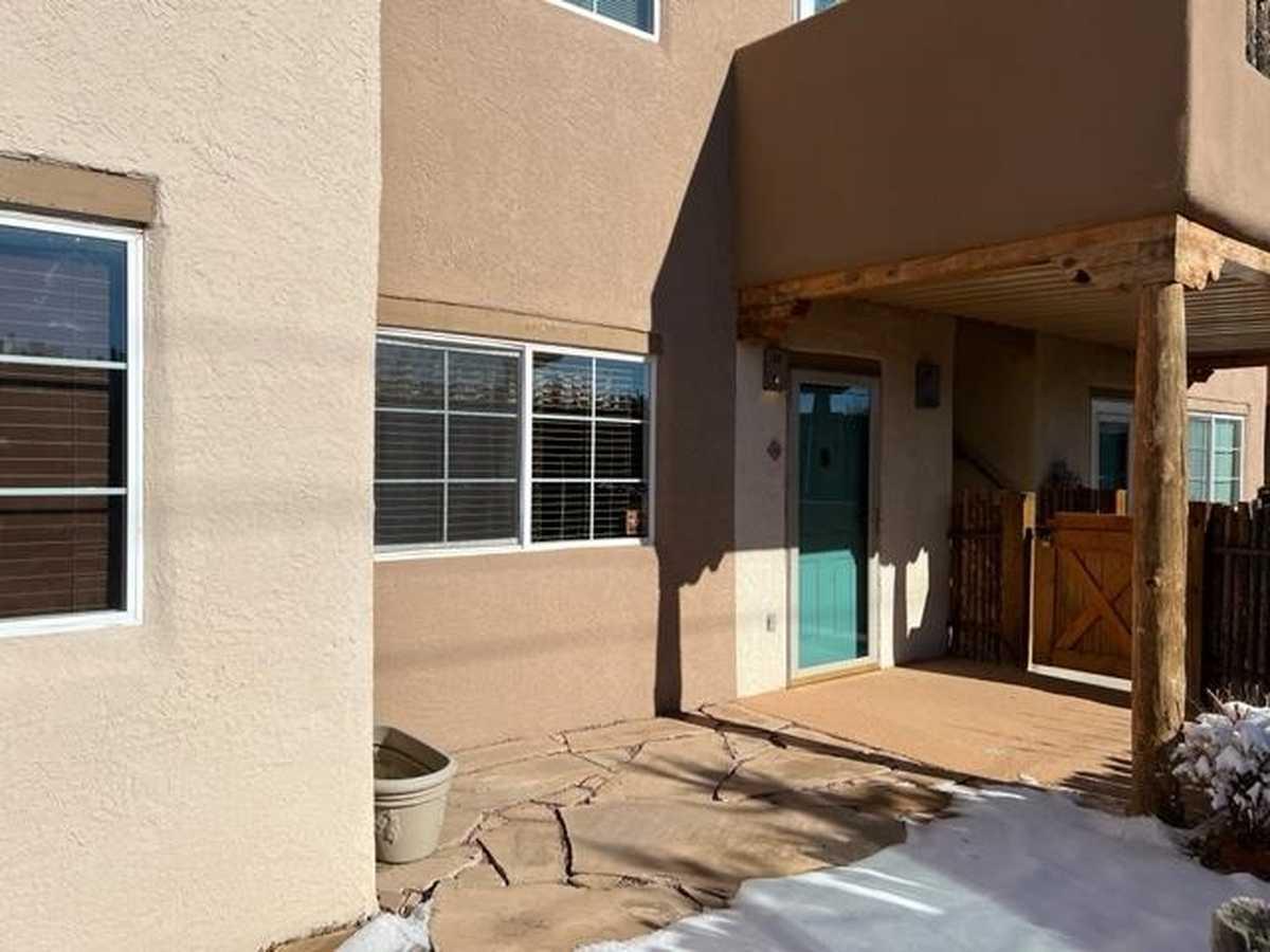 $209,000 - 1Br/1Ba -  for Sale in Santa Fe