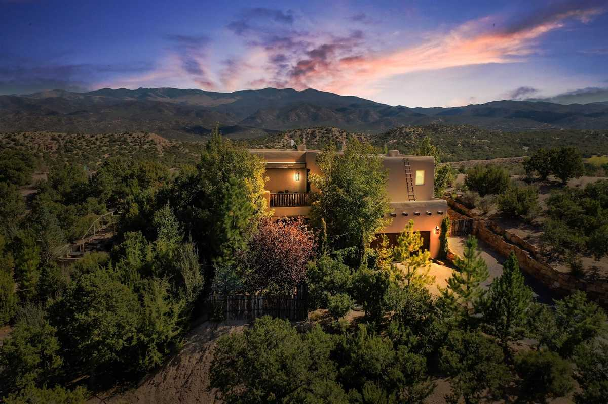 $1,150,000 - 2Br/3Ba -  for Sale in Tesuque Hills, Santa Fe