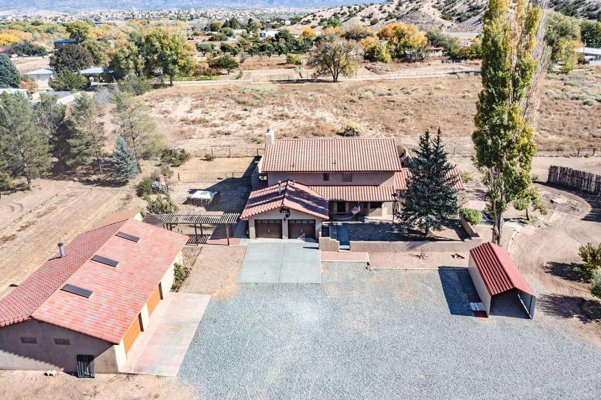 $733,000 - 3Br/3Ba -  for Sale in Santa Fe