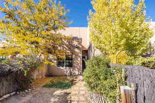 $345,000 - 3Br/2Ba -  for Sale in Santa Fe
