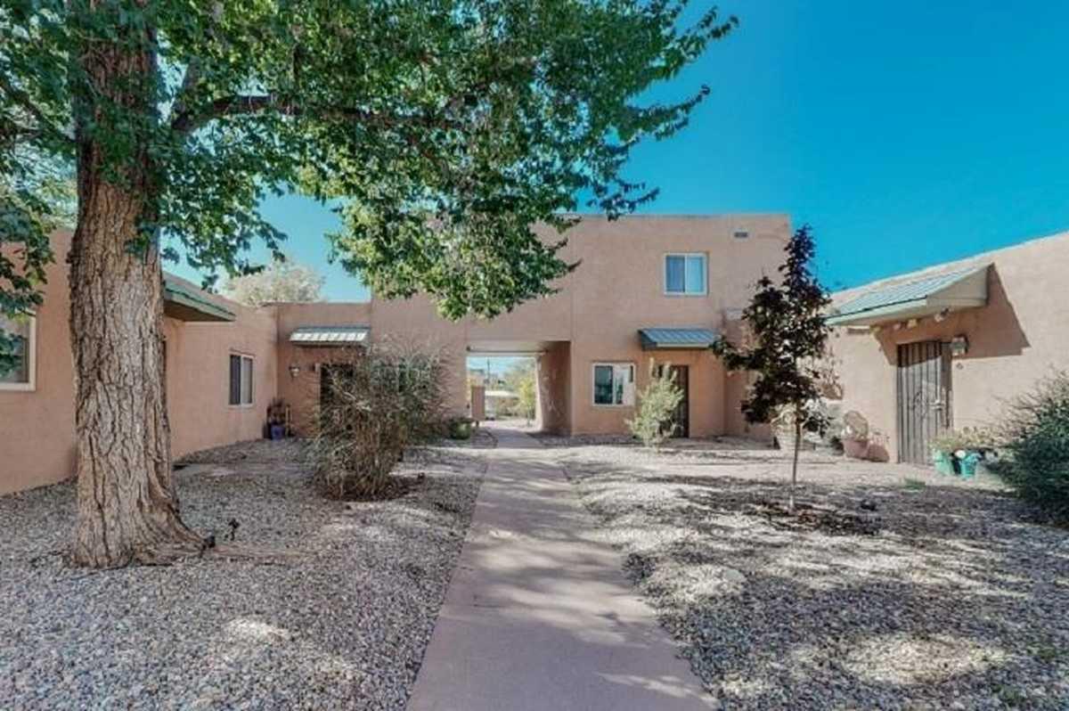 $235,000 - 2Br/2Ba -  for Sale in Santa Fe