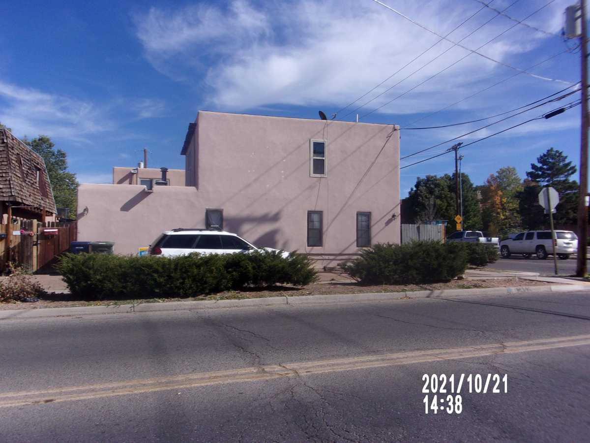 $430,000 - 3Br/2Ba -  for Sale in Santa Fe
