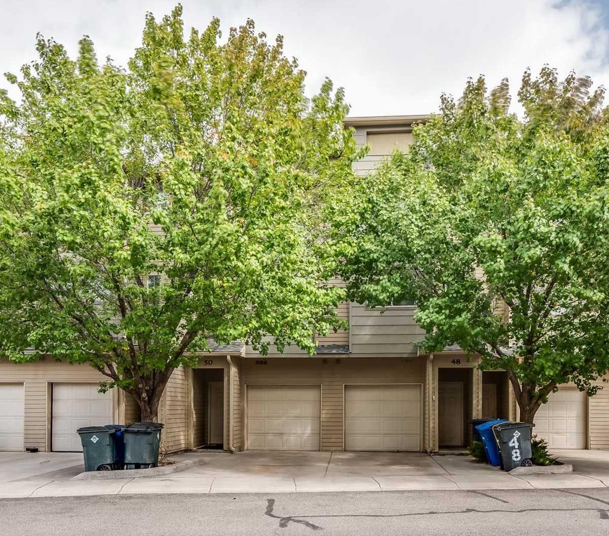 $315,000 - 3Br/3Ba -  for Sale in Los Alamos