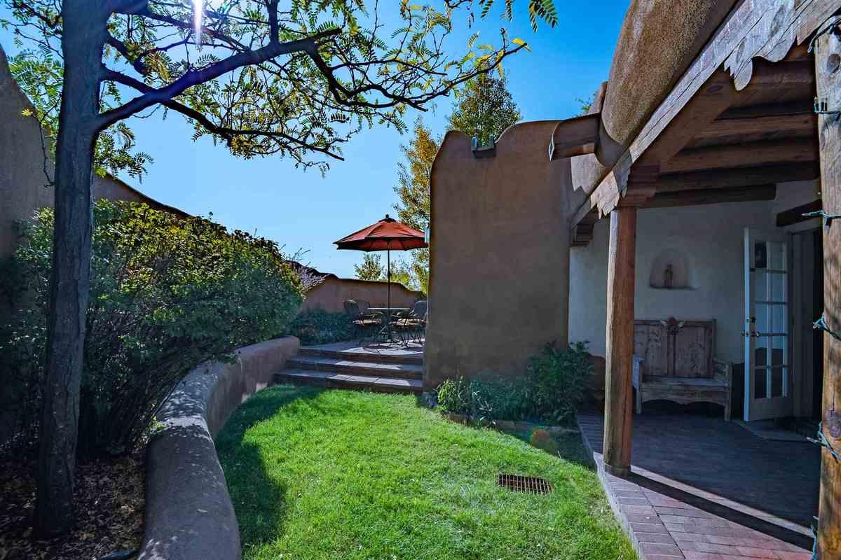 $165,000 - 1Br/2Ba -  for Sale in Santa Fe