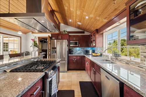 $2,950,000 - 7Br/6Ba -  for Sale in Santa Barbara