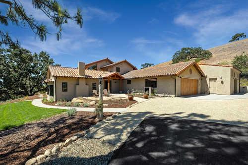 $4,250,000 - 4Br/4Ba -  for Sale in Santa Ynez, Santa Ynez