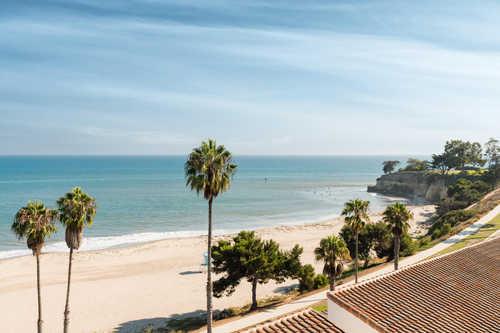 $1,845,000 - 2Br/2Ba -  for Sale in 20 - Mesa, Santa Barbara