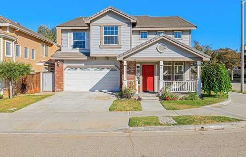 $817,000 - 3Br/3Ba -  for Sale in Ventura