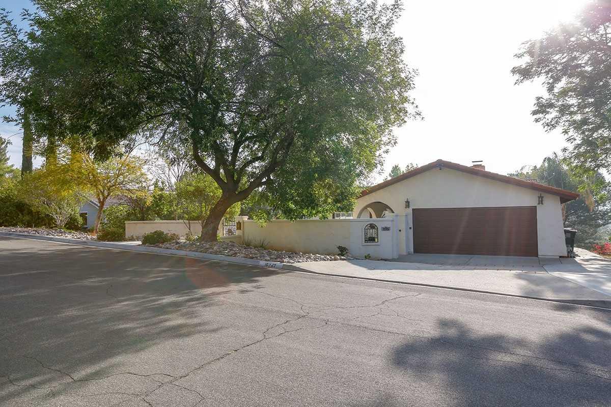 16247 Oak Springs Drive Ramona, CA 92065