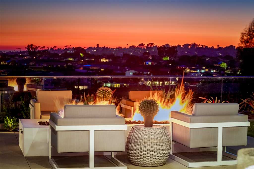 $3,545,000 - 5Br/7Ba -  for Sale in La Jolla, La Jolla