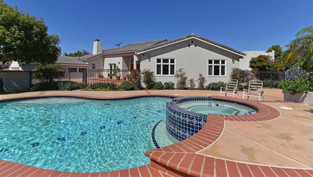 $3,495,000 - 5Br/5Ba -  for Sale in Muirlands Village, La Jolla