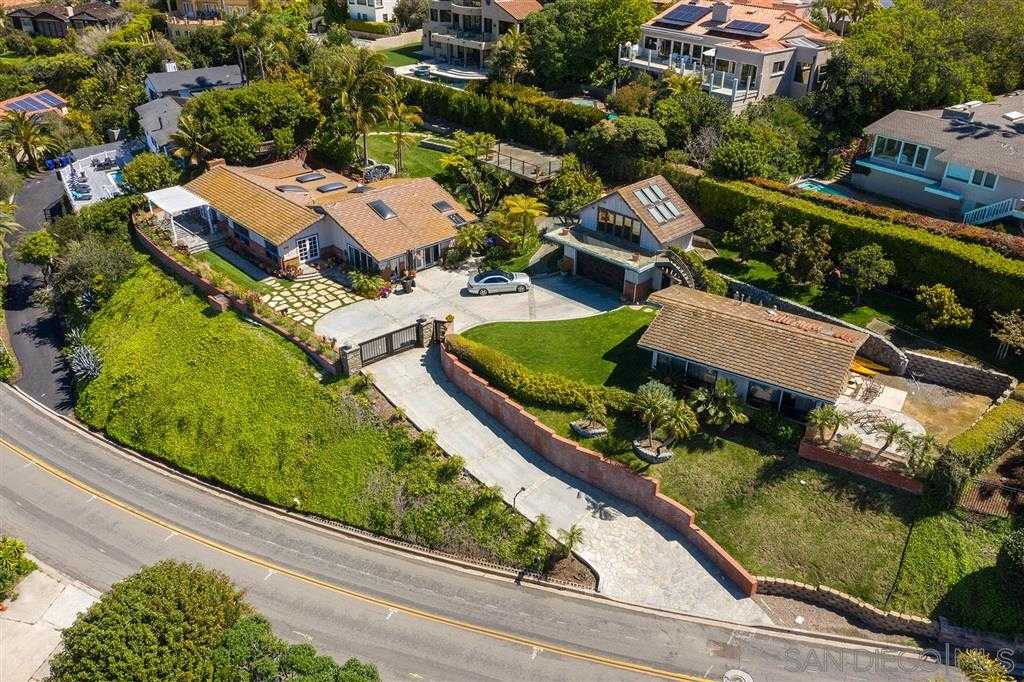 $4,495,000 - 4Br/3Ba -  for Sale in Muirlands, La Jolla