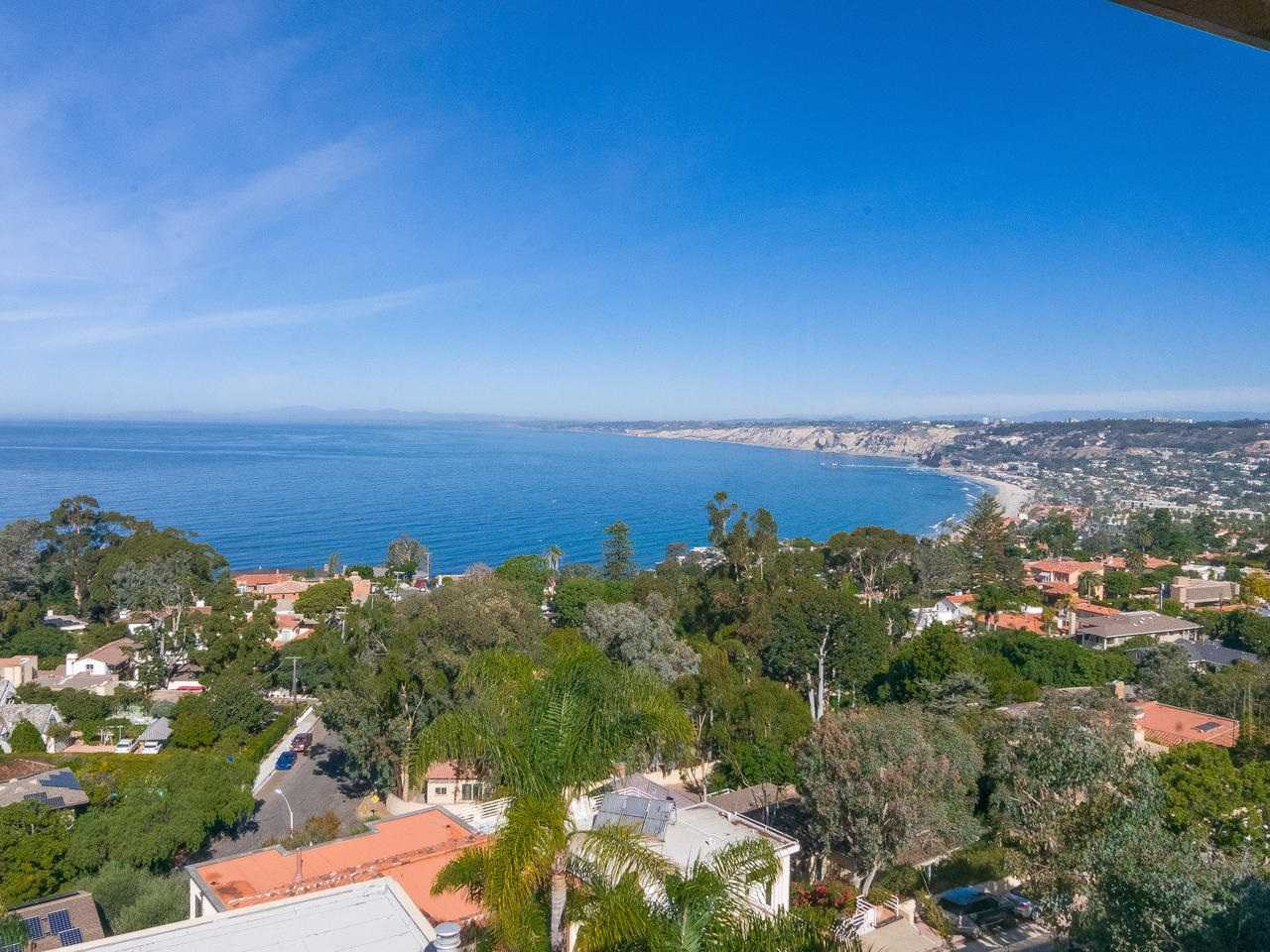 $4,370,000 - 5Br/6Ba -  for Sale in Country Club, La Jolla