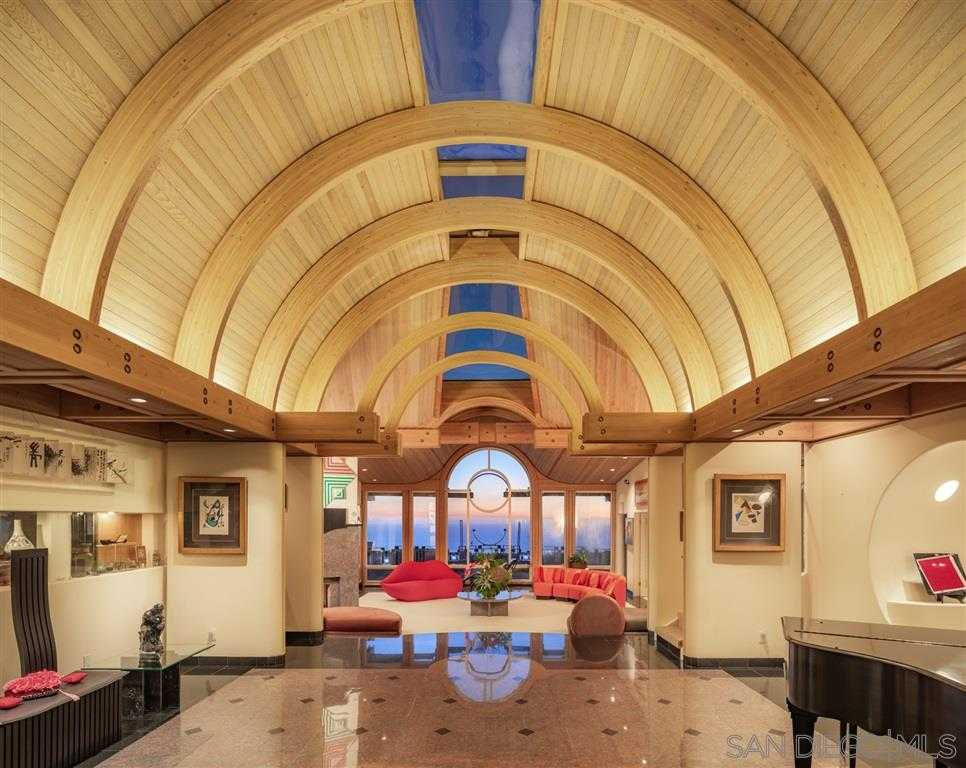 $7,450,000 - 5Br/7Ba -  for Sale in Country Club, La Jolla