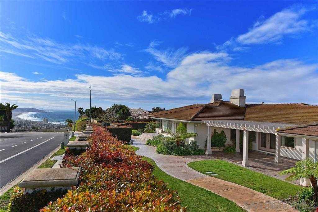 $2,795,000 - 4Br/6Ba -  for Sale in Muirlands, La Jolla