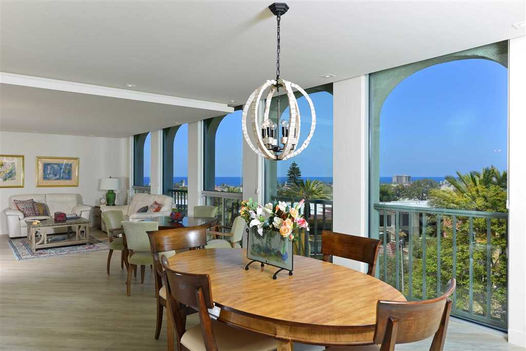 $3,890,000 - 3Br/2Ba -  for Sale in Village, La Jolla