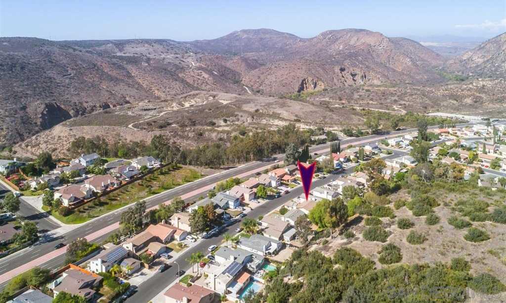 8015 Hillandale San Diego, CA 92120