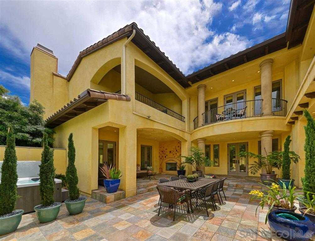 $3,250,000 - 4Br/5Ba -  for Sale in Village, La Jolla