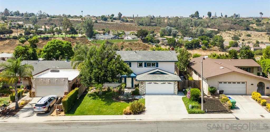 7576 Rowena San Diego, CA 92119