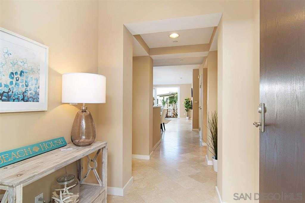 $898,000 - 2Br/2Ba -  for Sale in Birdrock, La Jolla