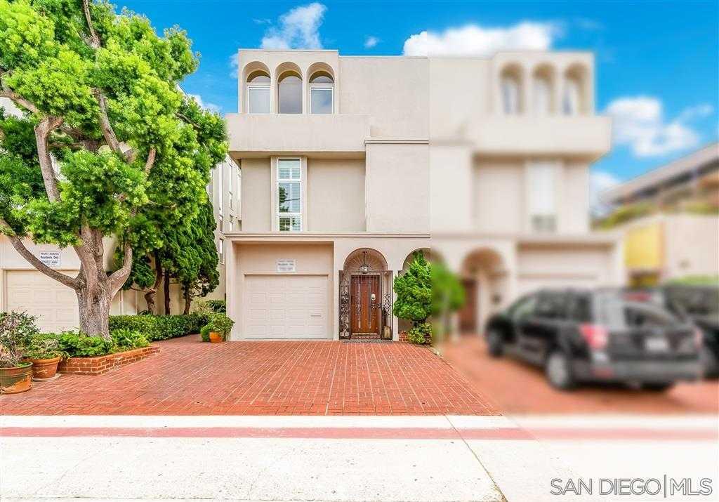 $1,750,000 - 3Br/4Ba -  for Sale in Village, La Jolla