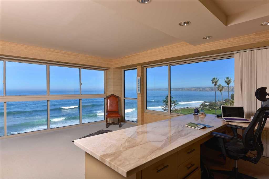 $4,290,000 - 2Br/2Ba -  for Sale in Oceanfront Village, La Jolla