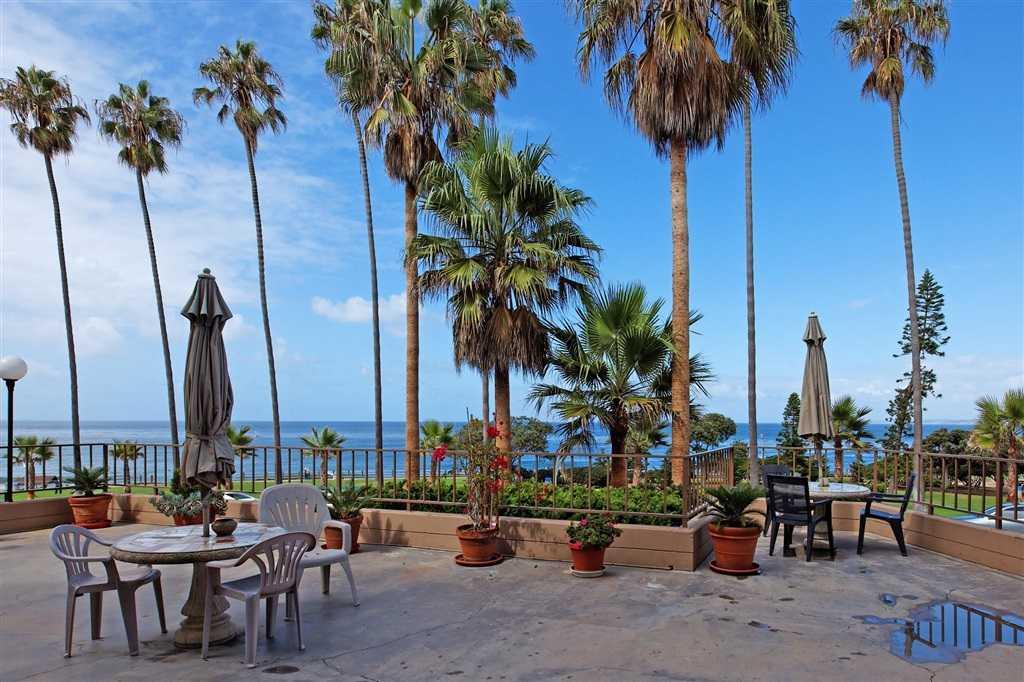 $925,000 - 2Br/2Ba -  for Sale in Village, La Jolla